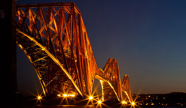 Forth (Rail) Bridge at night – Lighting Scotland